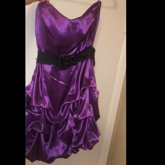 Dresses & Skirts - Purple dress